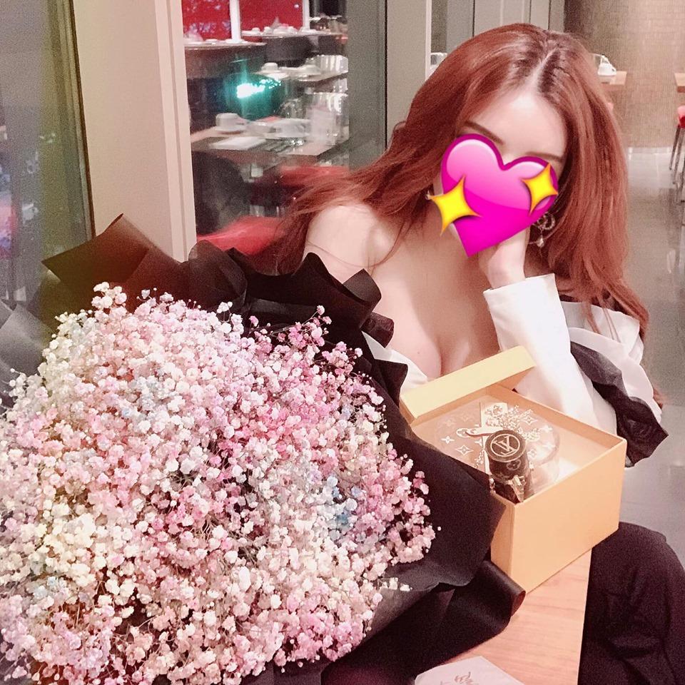 Vũ Hoàng Việt cưới hot girl nóng bỏng sau chia tay nữ tỷ phú U60 hơn 32 tuổi? - 3