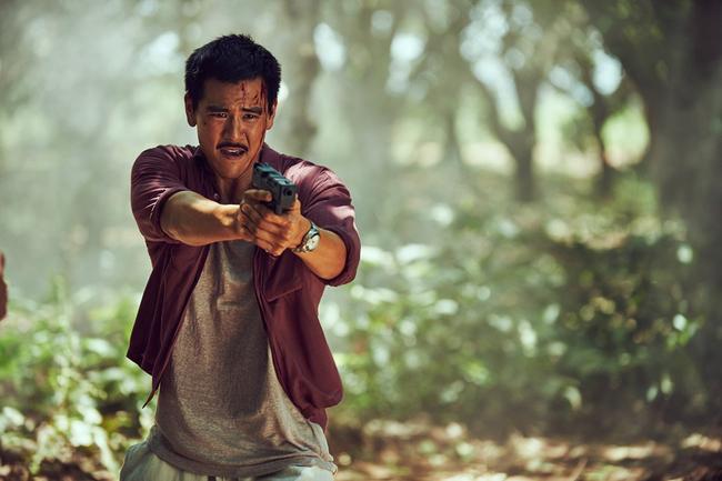 """Nam diễn viên luôn hết lòng với các vai diễn, thậm chí là liều mang với những pha hành động nguy hiểm: """"Bành Vu Yến là người làm việc rất liều mạng"""", đạo diễn Lâm Siêu Hiền từng chia sẻ."""