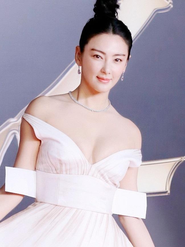 Trương Vũ Kỳ cho biết đó là phao cứu sinh, giúp cô vượt qua khó khăn cả trong công việc lẫn cuộc sống.