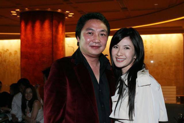 Nữ tiếp viên xinh đẹp giàu có bậc nhất Singapore là ai? - 5