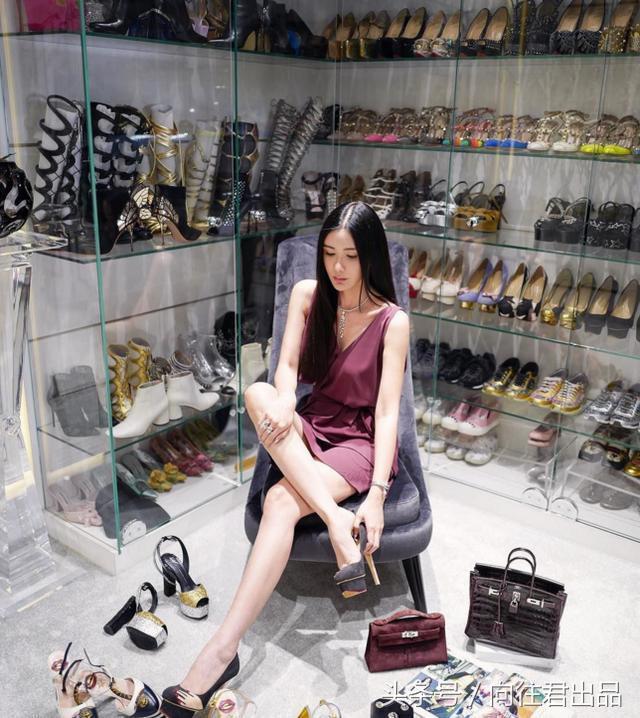 Nữ tiếp viên xinh đẹp giàu có bậc nhất Singapore là ai? - 4