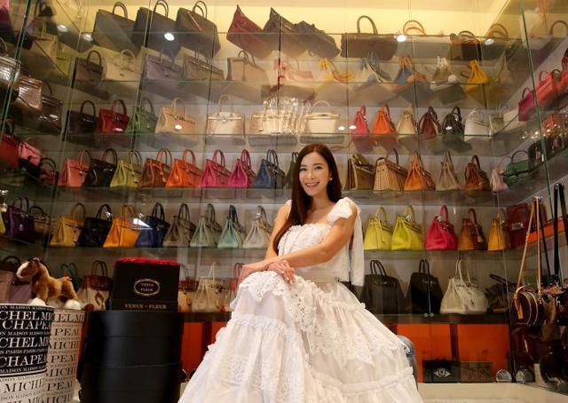 Nữ tiếp viên xinh đẹp giàu có bậc nhất Singapore là ai? - 2