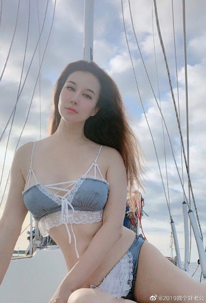 Cô đào gốc Việt 27 tuổi cặp kè sao nam U70 gây sốc khi khoe ảnh sexy tuyển chồng - 5