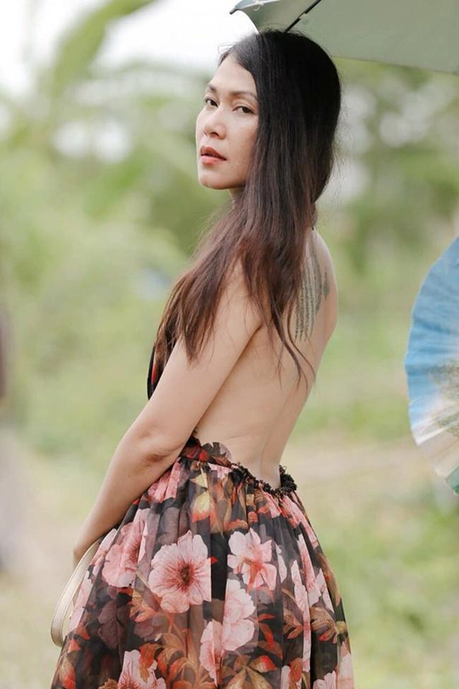 Tuy đóng vai phản diện trong phim nhưng Đinh Y Nhung lột tả được diễn biến tâm lý nhân vật thành công.