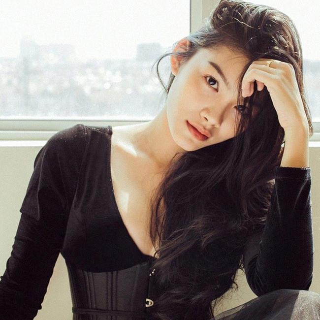 """Nữ diễn viên trẻ Thanh Tú cùng tham gia vào dàn diễn viên nữ của """"Thất sơn tâm linh""""."""