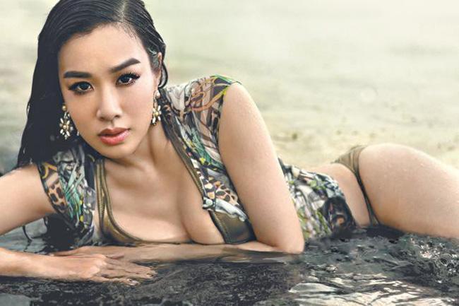 Chung Lệ Đề là mỹ nhân gốc Việt nổi tiếng tại Hollywood. Sau khi đoạt vương miện hoa hậu tại cuộc thi Miss Chinese International do đài TVB tổ chức, cô chính thức bước chân vào làng giải trí với vai trò diễn viên.