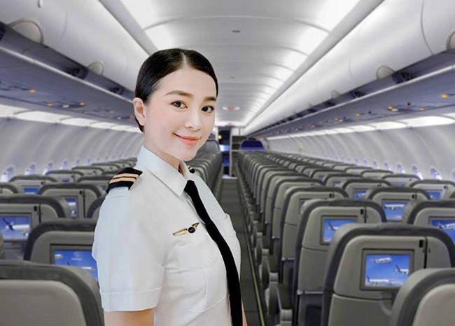 Nhìn hình ảnh nữ phi công xinh đẹp này, hầu như ai cũng phải thốt lên trầm trồ nhan sắc và ví von chẳng kém mỹ nhân showbiz.