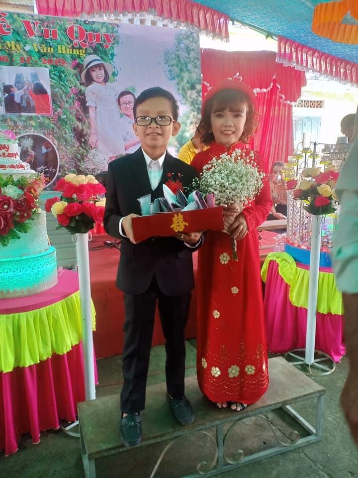 """Sau tất cả, cuối cùng """"Cặp đôi bé nhất Việt Nam"""" cũng về chung một nhà - 3"""