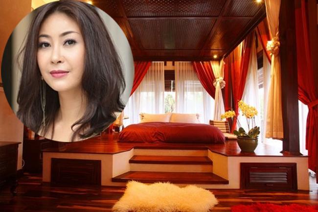 Hiện tại gia đình Hà Kiều Anh đang sống là một căn biệt thự vườn rộng 500m2, tọa lạc ở khu biệt thự quận 2, TP HCM.