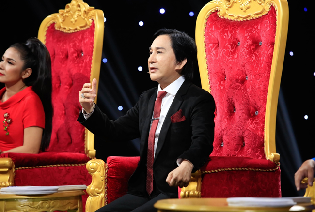 Sau này, Kim Tử Long vẫn tiếp tục sự nghiệp và theo đuổi đam mê cải lương của mình. Hiện tại, nam nghệ sĩ thường xuyên tham gia các chương trình gameshow nổi tiếng và làm giám khảo cho một số cuộc thi truyền hình.