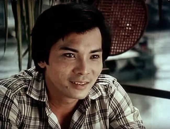 Trong khoảng thập niên 1980 - 1990, Thương Tín tạo được ấn tượng sâu sắc trong lòng khán giả với hàng trăm vai diễn. Ở thời hoàng kim, Thương Tín nhận phim liên tục, có khi một ngày chạy mấy nơi để hoàn thành vai diễn.
