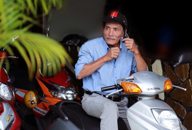 Giờ đây, Thương Tín gần như mất tất cả, những vai diễn đến với nam diễn viên cũng thưa thớt dần. Thương Tín phải thuê khách sạn giá rẻ mỗi khi lên Sài Gòn kiếm việc hoặc chờ quay phim mới.