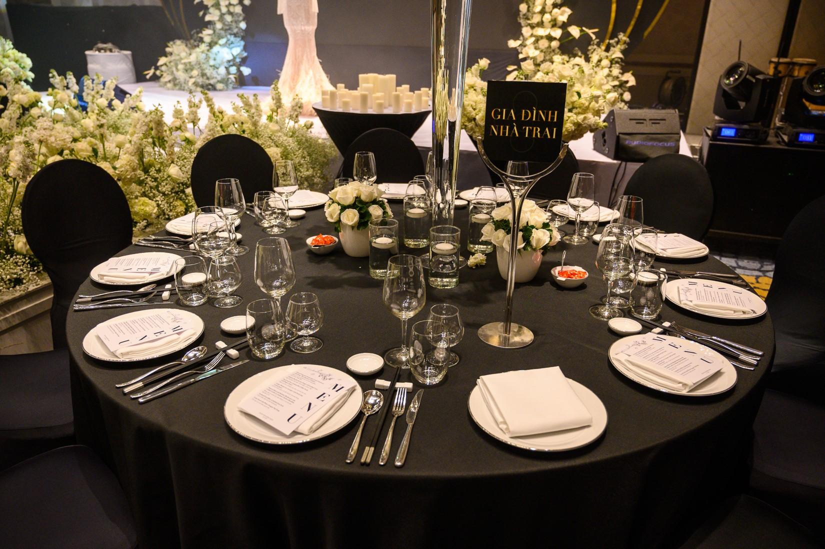 Đám cưới Bảo Thy gây choáng với thực đơn toàn sơn hào hải vị - 7