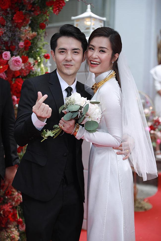 """Chứng kiến hạnh phúc của Đông Nhi - Ông Cao Thắng, nhiều khán giả cho biết họ """"cũng muốn cưới""""."""