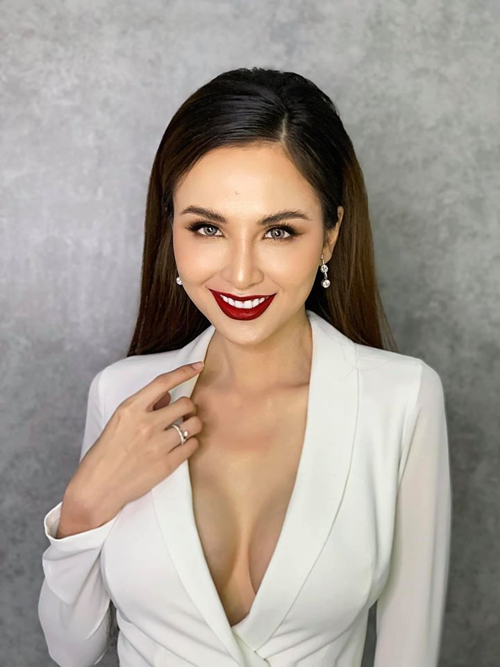"""Hoa hậu Diễm Hương: """"Chồng cũ trả tôi 10 triệu USD nếu sinh con"""" - 4"""