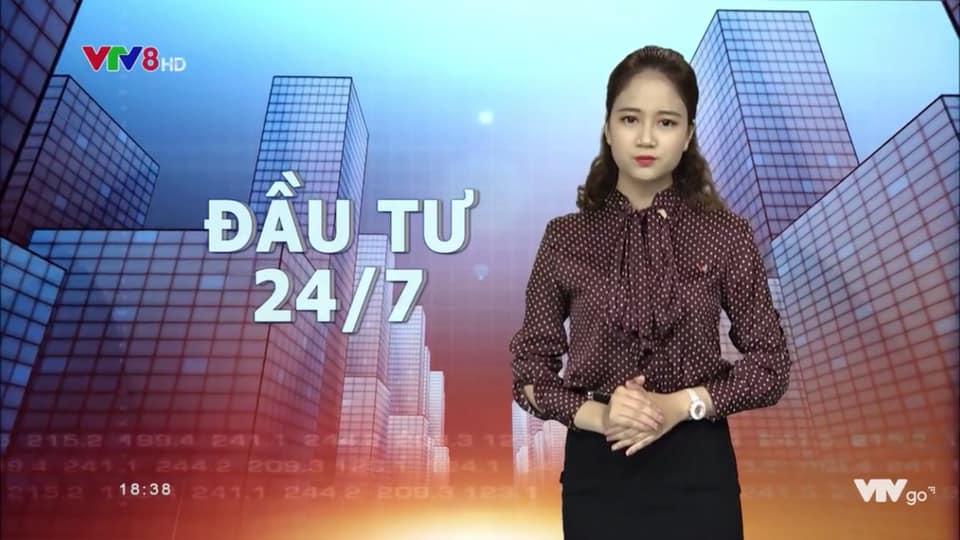 Hoa khôi thành BTV trẻ nhất VTV mặc quyến rũ khi lên sóng còn ngoài đời thì sao? - 4