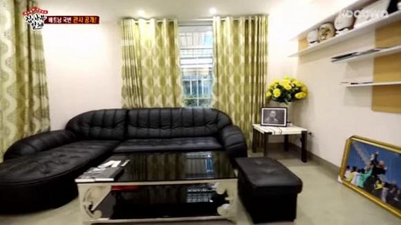 Sao Hàn bất ngờ ghé thăm nhà HLV được trả lương 1,1 tỷ đồng/tháng tại Việt Nam - 7