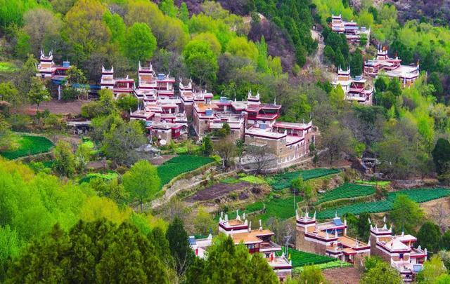 5 ngôi làng có tuổi đời hàng nghìn năm tuổi ở TQ mà ai cũng khao khát được ghé đến - 4