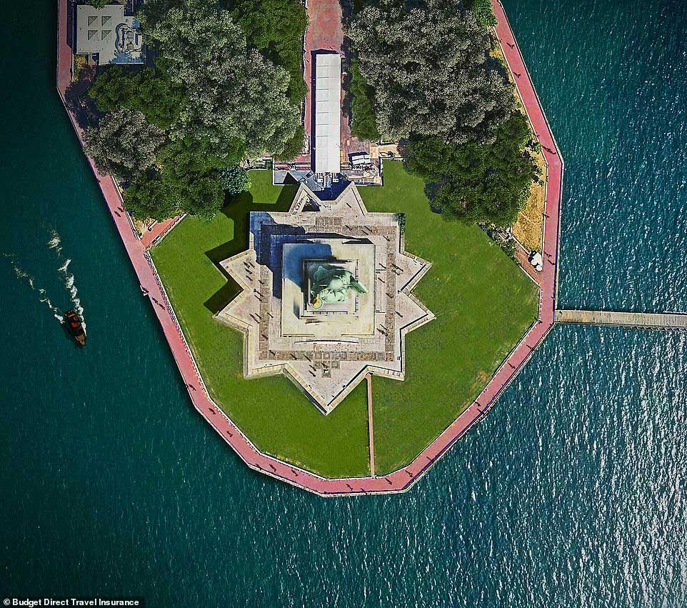 Những tòa nhà ấn tượng nhất thế giới khi chụp từ trên cao - 2