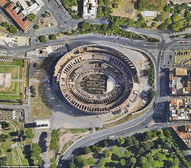 Những tòa nhà ấn tượng nhất thế giới khi chụp từ trên cao - 4