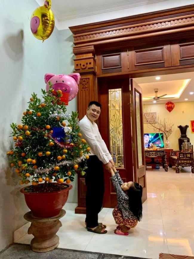 Trên Facebook cá nhân, Tự Long thường xuyên chia sẻ hình ảnh trong ngôi nhà của mình.