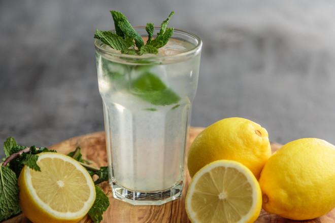 Đồ uống nên uống khi đói để giảm cân nhanh - 1