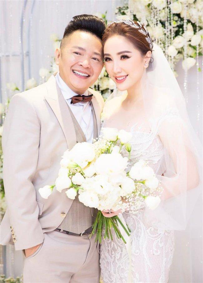 Cuối năm 2019, Bảo Thy kết hôn cùng với doanh nhân Phan Lĩnh - một đại gia Hà Tĩnh có tiếng và cũng có mối quan hệ thân thiết với gia đình nữ ca sĩ.