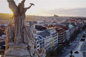 Những bức tượng bí ẩn ở thủ đô của Cộng hòa Czech