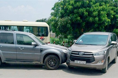 Bảo hiểm ô tô gây khó, chối bỏ trách nhiệm, chủ xe bức xúc