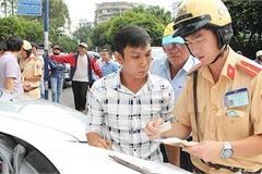 Quên không mang giấy phép lái xe bị xử phạt bao nhiêu?
