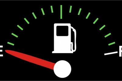 Để bình xăng ô tô quá cạn: Hỏng động cơ, có thể dẫn tới tai nạn