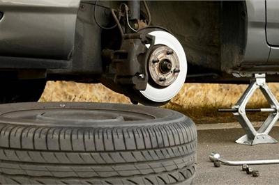 Những sai lầm tai hại khi sử dụng ô tô cần tránh