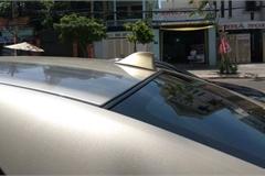 Ăng ten vây cá mập trên nóc ô tô có công dụng gì?