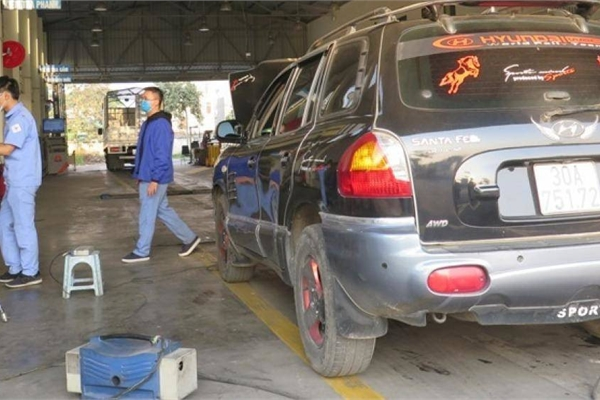 Loại ô tô nào đang bị áp tiêu chuẩn khí thải mức đặc biệt?