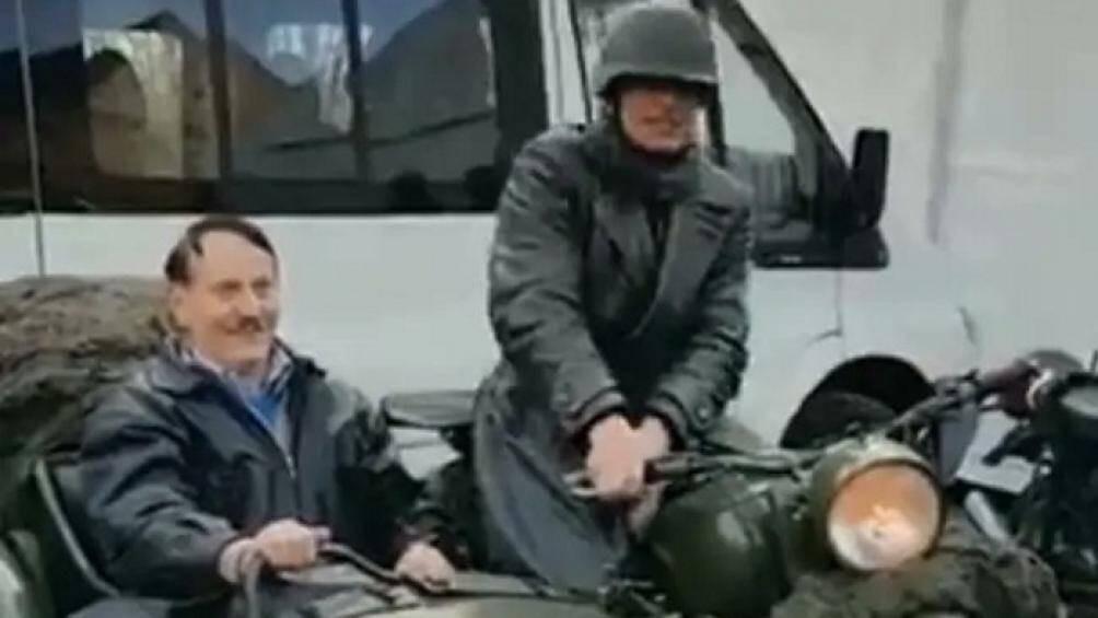 Cảnh sát Đức truy lùng kẻ đóng vai Hitler trong lễ hội xe ba bánh