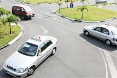 Lùi thời gian áp dụng bộ 600 câu hỏi thi bằng lái xe đến 1/8/2020