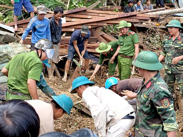 Chủ tịch xã Trà Leng kể phút kinh hoàng cả ngôi làng bị san phẳng 3