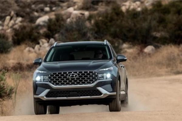 Hyundai SantaFe 2021 ra mắt thị trường Mỹ với nhiều nâng cấp về nội thất