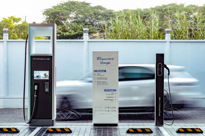 Việt Nam ở đâu trong cuộc đua điện hóa ô tô toàn cầu? 3