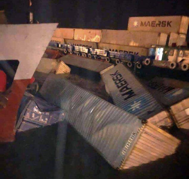 vì sao 22 container rơi xuống sông cái mép?