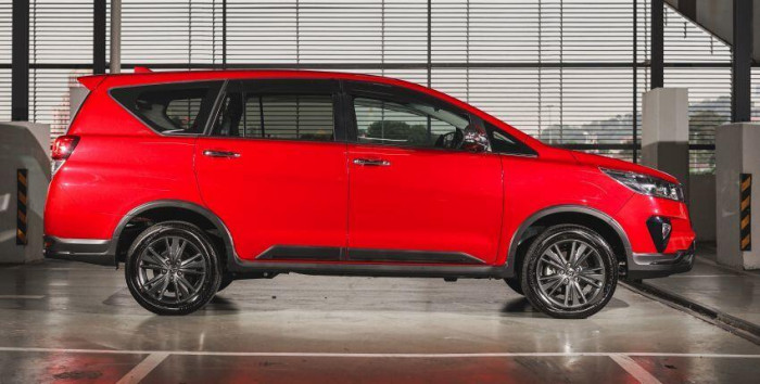 Toyota Innova 2021 ra mắt tại Malaysia, giá cao nhất 699 triệu đồng 10