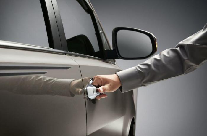 Toyota Innova 2021 ra mắt tại Malaysia, giá cao nhất 699 triệu đồng 11