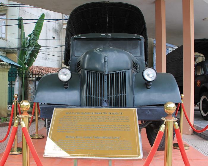"""Chuyện chưa kể về chiếc ô tô bảo vật quốc gia """"Made in Việt Nam"""" 2"""