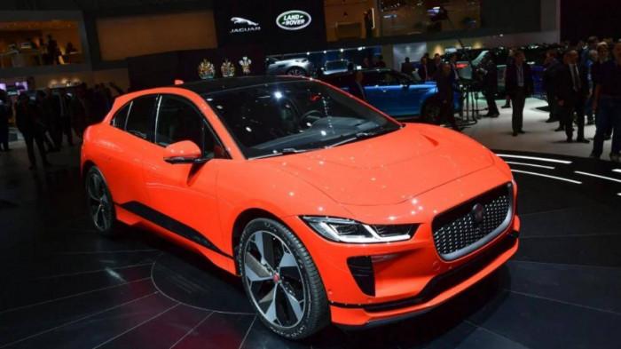 Jaguar chấm dứt sản xuất xe chạy xăng dầu từ năm 2025 1