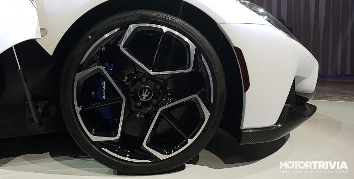 Cận cảnh siêu xe Maserati MC20 2021 ra mắt tại Thái Lan 8