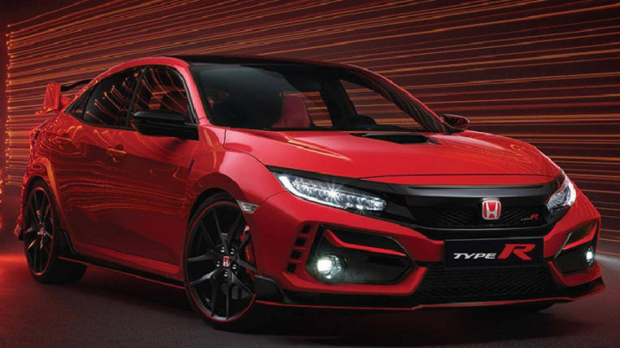 Honda ra mắt phiên bản Civic gần 2 tỷ đồng, vẫn dùng số sàn 1
