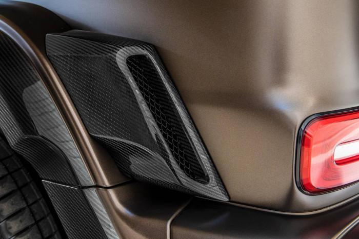Cận cảnh Mercedes-AMG G63 sang trọng, rực rỡ dưới bàn tay hãng độ 19