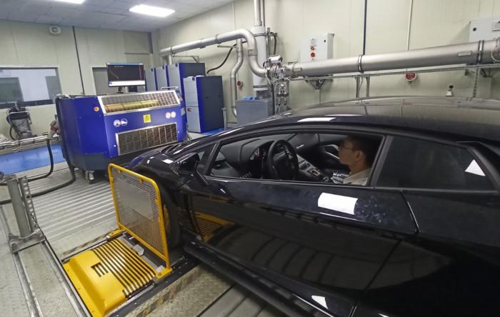 Áp dụng chuẩn khí thải Euro 5, khách mua xe cần lưu ý gì? 1