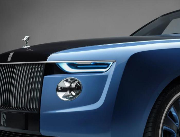 Cận cảnh xe siêu sang Rolls-Royce Boat Tail chỉ có 3 chiếc trên thế giới 11