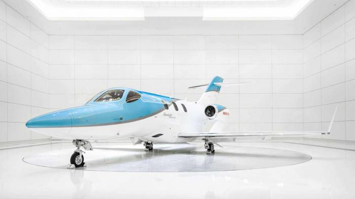 Honda ra mắt máy bay cá nhân, giá 5,4 triệu USD 10